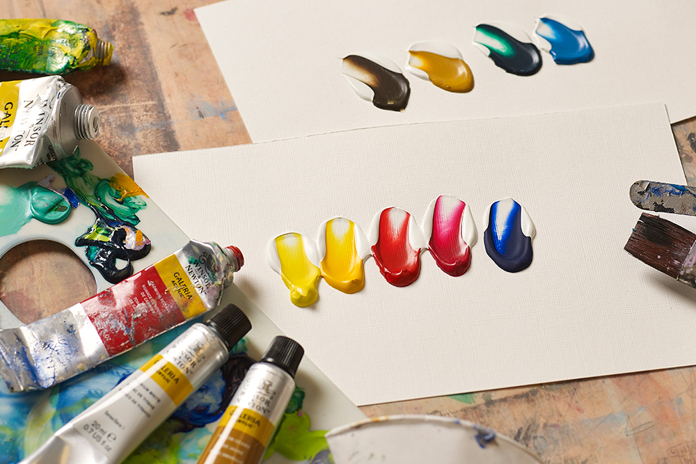 Selection of mixing colours from the Winsor & Newton Galeria Acrylic Paint range