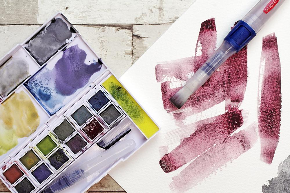 Derwent Graphitint Paint Pan Travel Set with Derwent Push Button Waterbrush