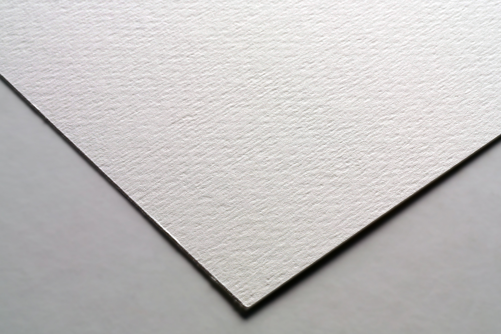 Fabriano Pittura Paper texture angled detail
